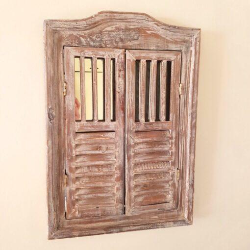 Wash Shutter Mirror With Doors