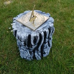 Concrete Tree Trunk Plinth Black and White With Square Sundial