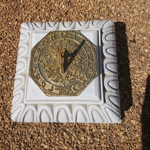 Concrete Square Small Plinth With Octagonal Morning Glory Sundial