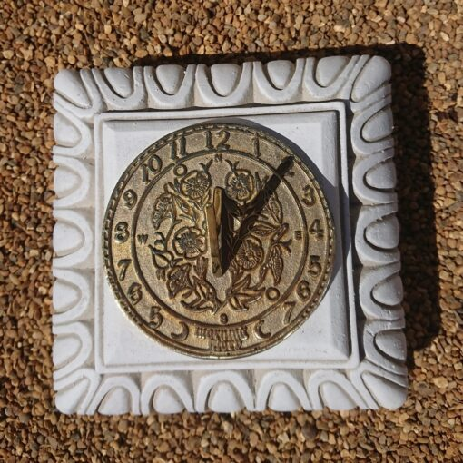 Concrete Square Small Plinth With Round Morning Glory Sundial