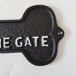 Cast Iron Dogs Please Close The Gate Bone Shaped Garden/Yard Sign