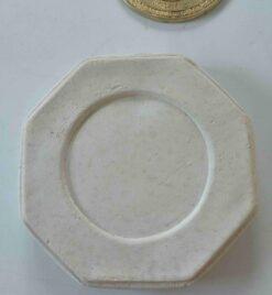Small Octagonal Concrete Base And Sundial - Cream