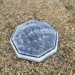 Black And White Octagonal Concrete Sundial Base