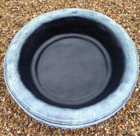 Round Leaf Design Concrete Birdbath Top Black And White